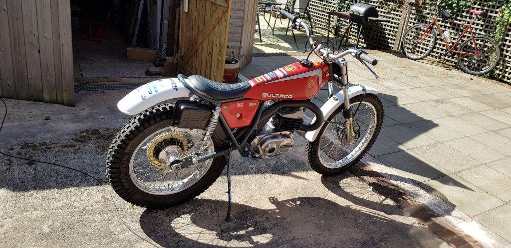 bike1.thumb.jpg.89a69ffacb4384daaa007dbd50d6b9c0.jpg