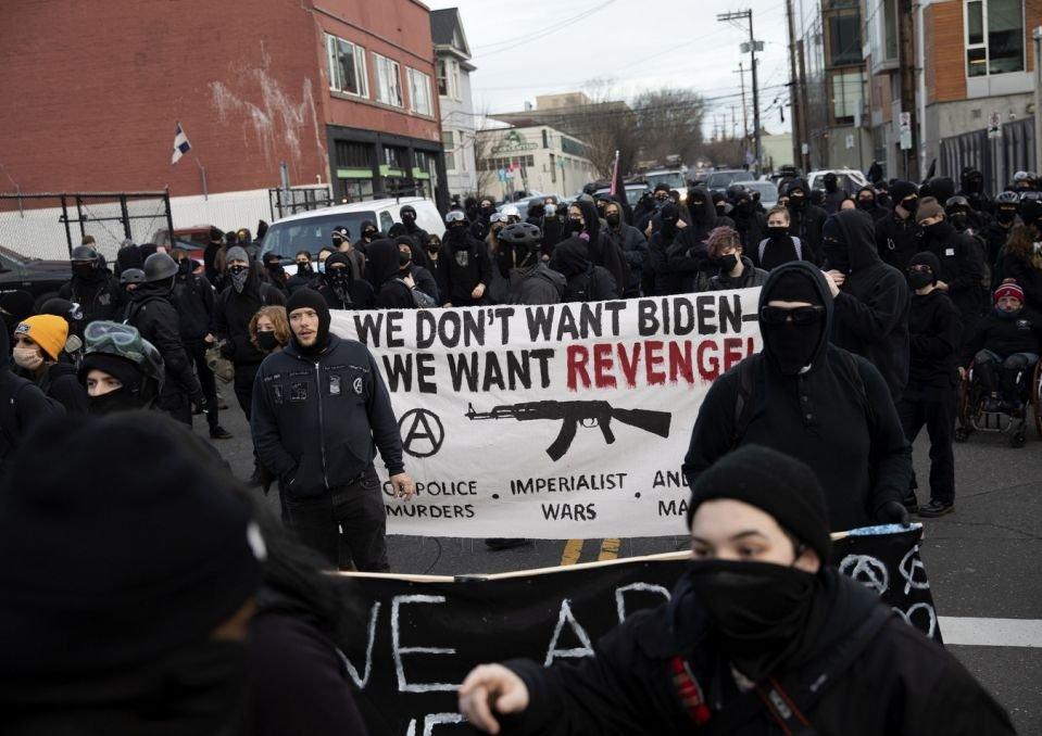Portland protestors.jpg