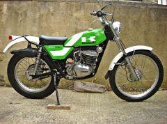 1975 kawasaki KT250 A