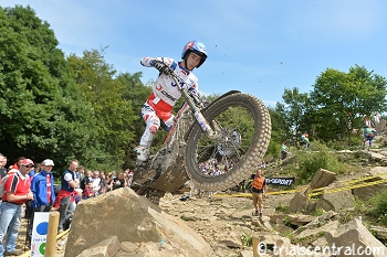 iwan roberts uk world trial back on